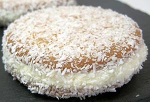 Galletas de coco rellenas de mantequilla